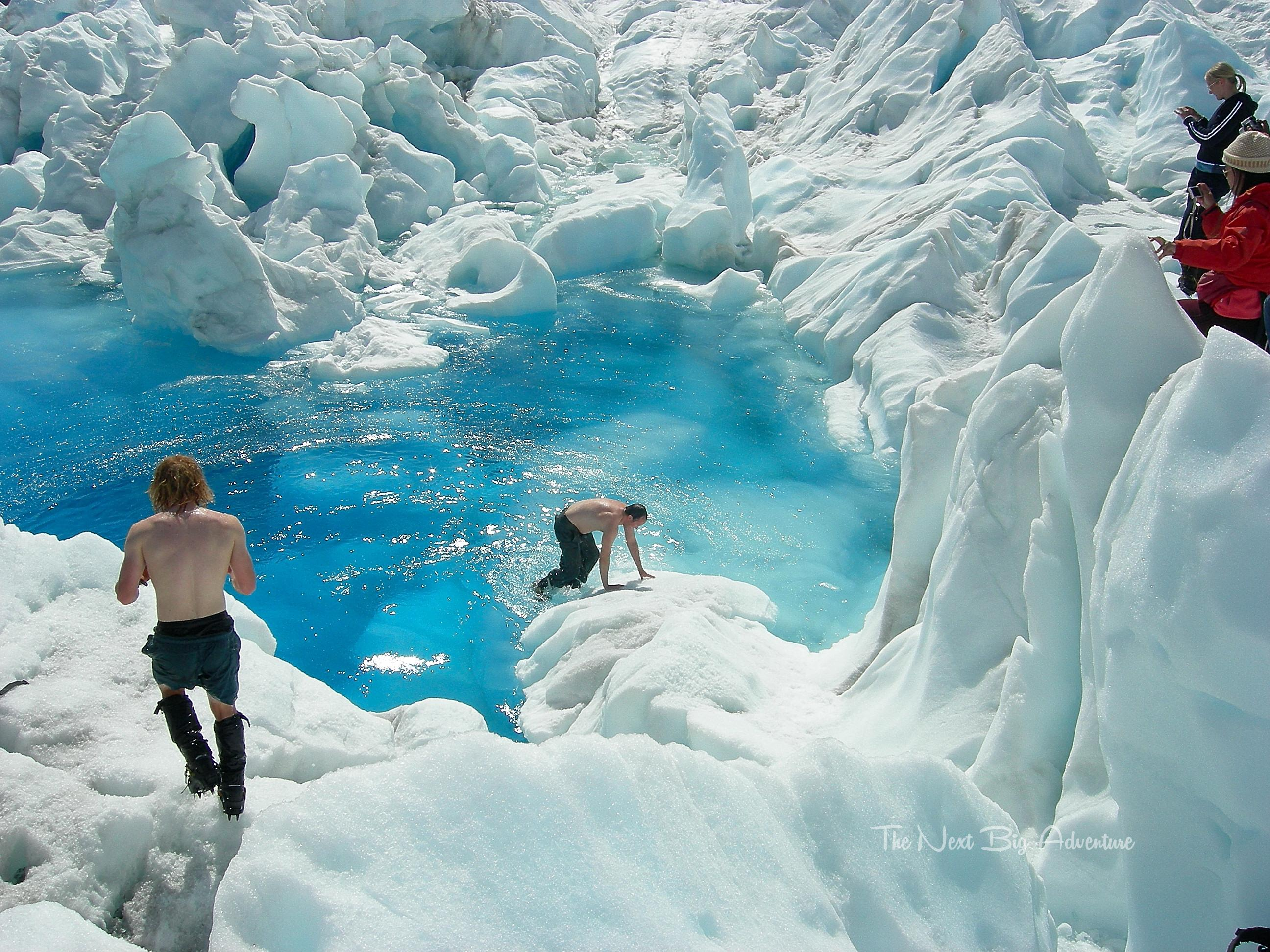 helicopter big with Heli Hiking Franz Josef Glacier A Must Do on Heli Hiking Franz Josef Glacier A Must Do in addition Watch also Lydgate Beach Park together with Black Widow Spider Facts furthermore Stock Photo Aerial Shot Of Manhattan And Central Park New York Usa 89073733.